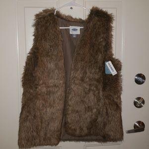 NWT Faux trendy fur vest